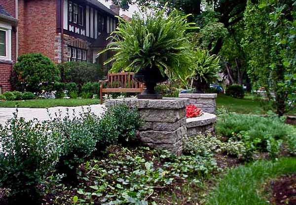 Etobicoke Residence Landscape terrace wall detail