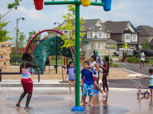 Southfields Phase 2 Community Park water play feature